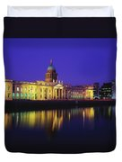 Custom House, Dublin, Co Dublin Duvet Cover by The Irish Image Collection