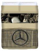Daimler-benz A-g Hood Emblem Duvet Cover
