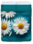 Daisies Floating In Water Duvet Cover