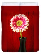 Daisy In Black Vase Duvet Cover