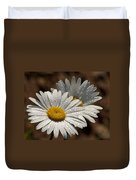 Dew Tell Oxeye Daisy Wildflowers Duvet Cover