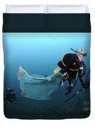 Diver Removes Invasive Indo-pacific Duvet Cover