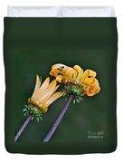 Elegant Daisies Duvet Cover