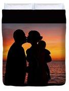 Family Silhouettes At Sunset Duvet Cover