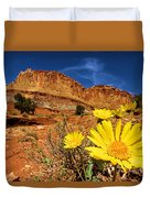 Flowers And Buttes Duvet Cover
