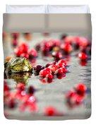 Frog At A Cape Cod Cranberry Bog Duvet Cover