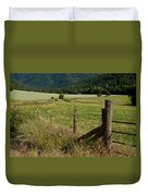 Galls Creek Farm Scene Duvet Cover