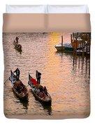 Gondolieri. Venezia. Italia Duvet Cover