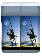 Goose At Dusk - Cross Your Eyes And Focus On The Middle Image Duvet Cover
