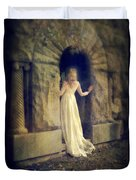 Lady In White Gown In Doorway Duvet Cover