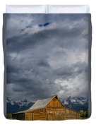 Molton Barn And Approaching Storm Duvet Cover