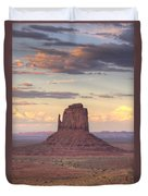 Monument Valley - East Mitten Butte Duvet Cover