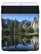 Morning Reflection At Yosemite Duvet Cover