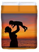 Mother And Child Sunset Silhouette Duvet Cover