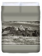 Moulton Barn And The Grand Tetons Duvet Cover