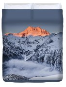 Mount Rolleston In The Dawn Light Duvet Cover by Colin Monteath