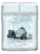 Old Barn In Winter Snow Duvet Cover