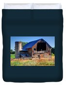 Old Barn With Concrete Grain Silo - Utah Duvet Cover