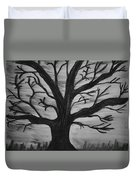 Old Tree With No Leaves Duvet Cover