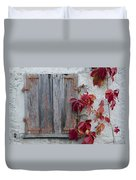 Old Window With Red Leaves Duvet Cover