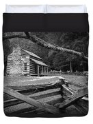 Oliver's Cabin In The Great Smokey Mountains Duvet Cover