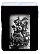 Oregon: Wine & Grapes Duvet Cover
