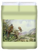 Pair Of Red Kites In An Oak Tree Duvet Cover by Carl Donner