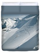 Phil Atkinson Skiing The Dogtooth Range Duvet Cover
