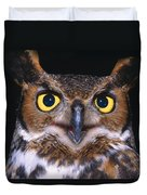 Portrait Of Great Horned Owl Duvet Cover