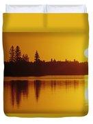 Reflections On Jessica Lake At Sunrise Duvet Cover