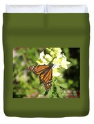 Monarch Butterfly Feeding On A Cluster Of Yellow Flowers Duvet Cover