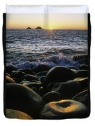 Rocks At The Coast, Giants Causeway Duvet Cover