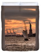 Sailing To Liberty  Duvet Cover