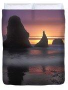 Sea Stacks Off The Oregon Coast Duvet Cover