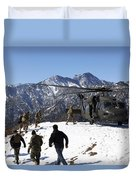 Soldiers Board A U.s. Army Uh-60 Black Duvet Cover