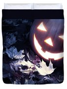 Spooky Jack-o-lantern On Fallen Leaves Duvet Cover