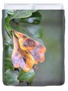 Spotted Oak Leaves In Autumn Duvet Cover