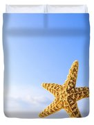 Starfish In Front Of The Ocean Duvet Cover