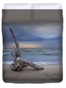 Sunrise On The Beach With Driftwood At Oscoda Duvet Cover