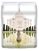 Taj Mahal On The Vertical Duvet Cover