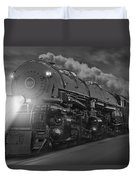 The 1218 On The Move Duvet Cover by Mike McGlothlen