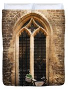 The Vaults Garden Cafe Bicycle In Oxford England Duvet Cover