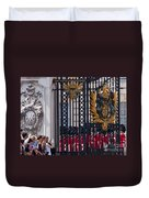 Tourists At Changing Of The Guards Duvet Cover