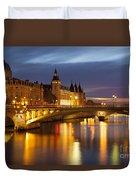 Twilight Over River Seine And Conciergerie Duvet Cover