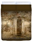 Vintage Looking Old Outhouse In The Great Smokey Mountains Duvet Cover