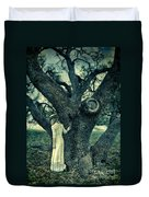 Young Lady In White By Tree Duvet Cover