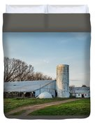 Abandoned Countryside Farm In The Afternoon Duvet Cover