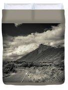 Bnw Volcan De Fuego - Sacatepequez Duvet Cover