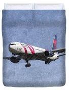 Delta Airlines Boeing 767 Art Duvet Cover