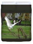 Great Egret Prepared For Landing Duvet Cover